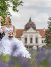 Páratlanul csodálatos esküvő fotózás a Gödöllő királyi kastély kertjében